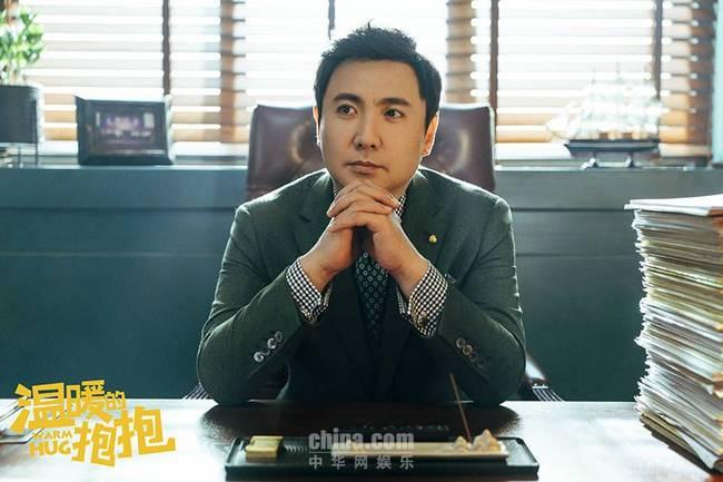"""《温暖的抱抱》曝预告 常远李沁邂逅妙手""""神经""""医生沈腾"""