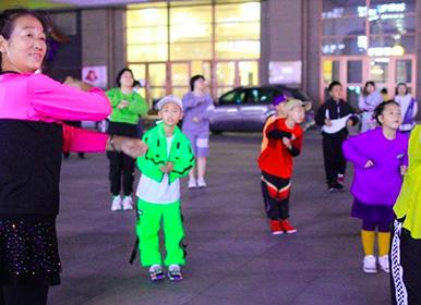 《这!就是街舞》带火线下街舞培训 街舞培训市场迎来下沉增量